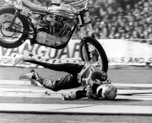 8x10 Print Evel Knievel Daredevil Ramp-to-Ramp Crash #EKA3