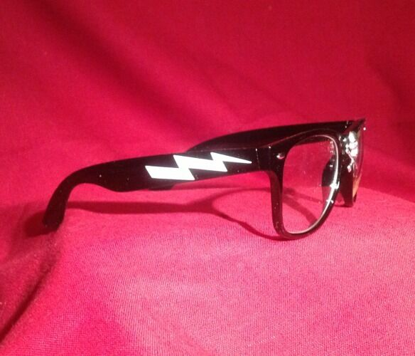 thing glasses w lightning bolt rick vaughn from