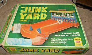 Ideal The Junk Yard Game-Pinball Target Game-Shoot junk at a Junkyard!w/Box 1975