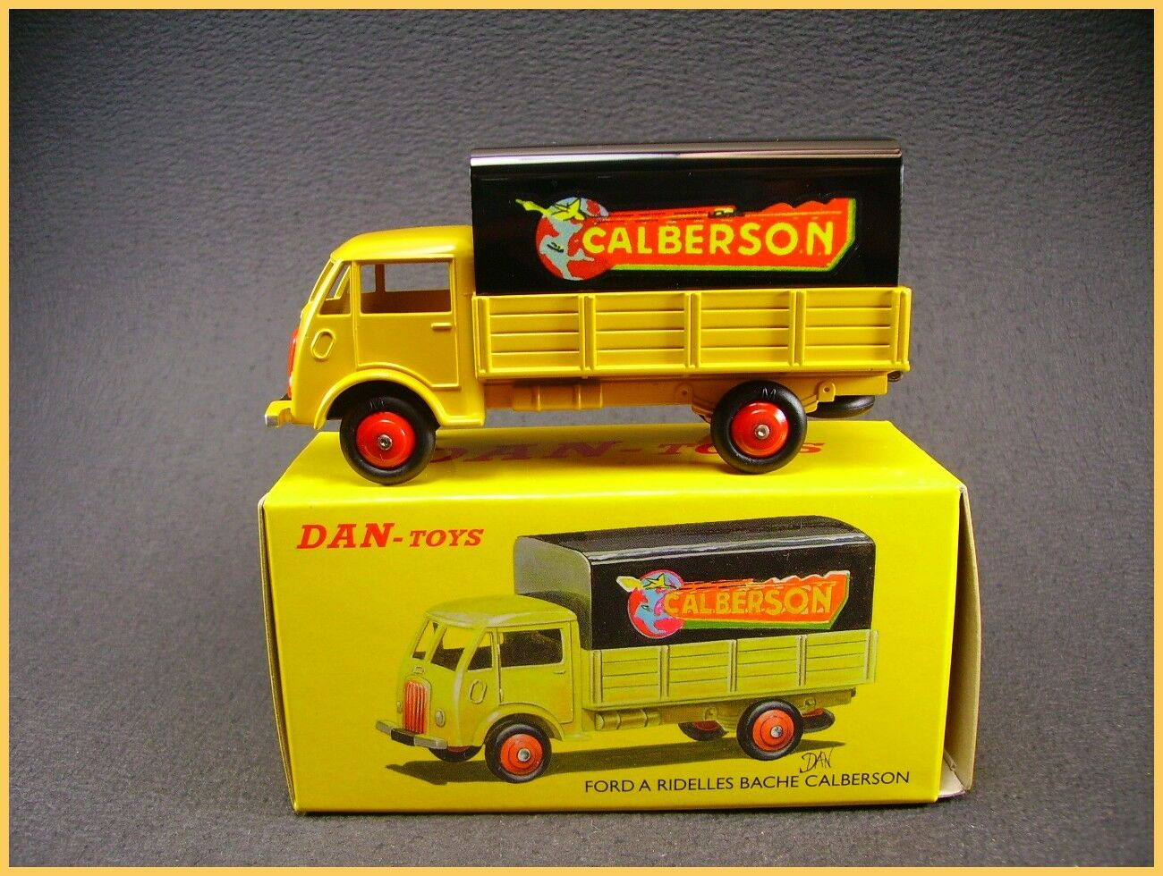 Dan-Toys.camion Ford Calberson + Schachtel