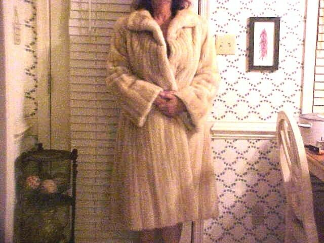 GORGEOUS Luxurious Blonde Full Length Length Length Lined Mink Coat Fur 1f05ef