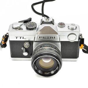 PETRI-TTL-CAMERA-WITH-C-C-AUTO-55mm-f-1-8-LENS-c-1975