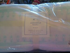 Pottery Barn Kids baby belgian linen flax blue bumper New with tags