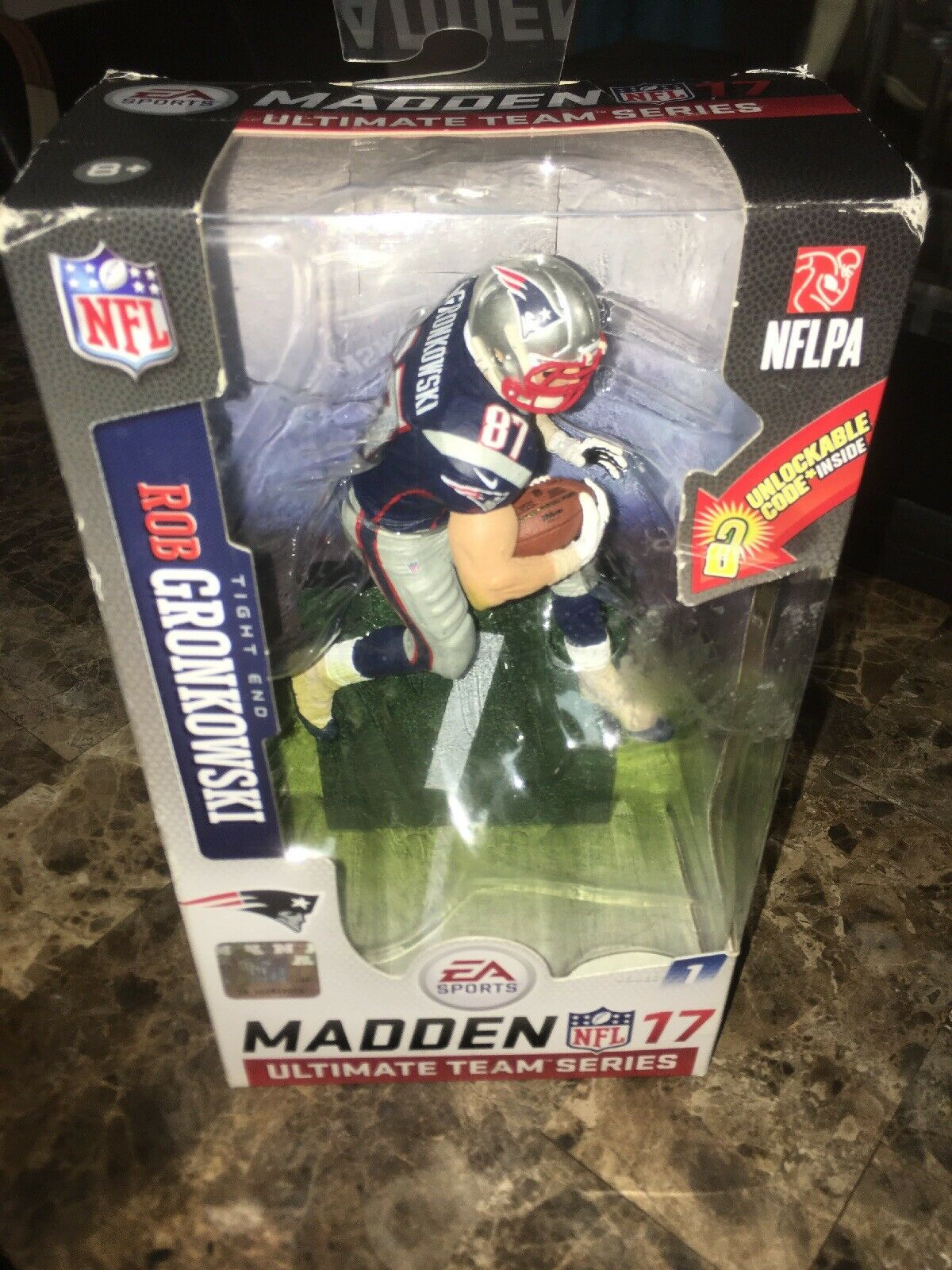 NFL Madden 17 Gronkowski figurine Entièrement neuf dans sa boîte