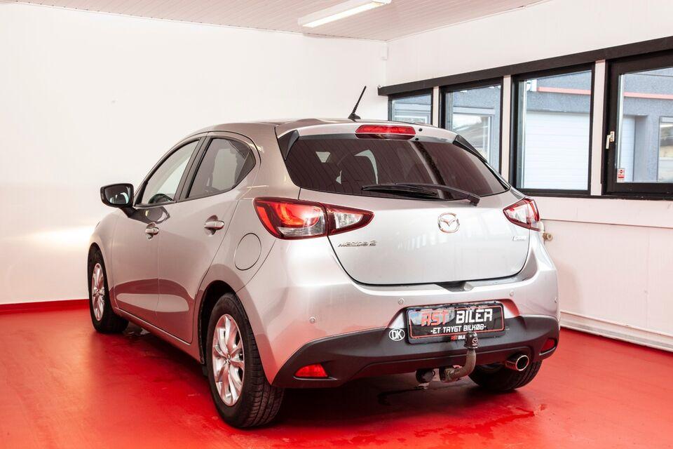 Mazda 2 1,5 Sky-G 90 Nakama Benzin modelår 2015 km 38000