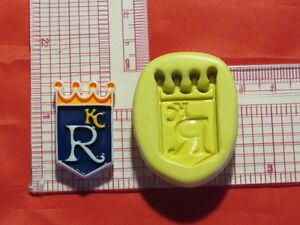 Baseball Kansas City Royals Silicone Push Mold Polymer 320 Candy Wax Resin