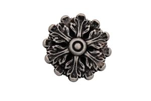 Petite délicate argent antique Métal Boutons avec ravissants motifs ösenknöpfe 5 Pièce