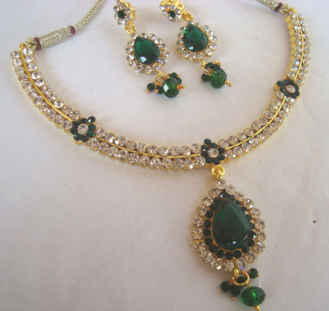 BEAUTIFUL BRIDAL Kundan green stone Necklace set with Earring 6900G