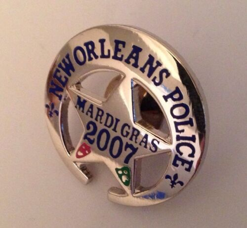 NEW ORLEANS POLICE MARDI GRAS NOPD MINI BADGE PIN TIE TACK 2007 CARNIVAL NOPD !!