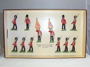 BRITAINS-5186-BRITISH-WELSH-GUARDS-LIMITED-EDITION-METAL-TOY-SOLDIER-FIGURE-SET