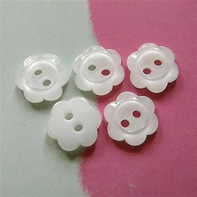 30 Flower Kid Dress Top Shirt Sewing Buttons 11.5mm 18L Clear White D148