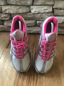 Nike-Shox-Navina-Womens-Size-12-Gray-Pink-Excellent-Condition