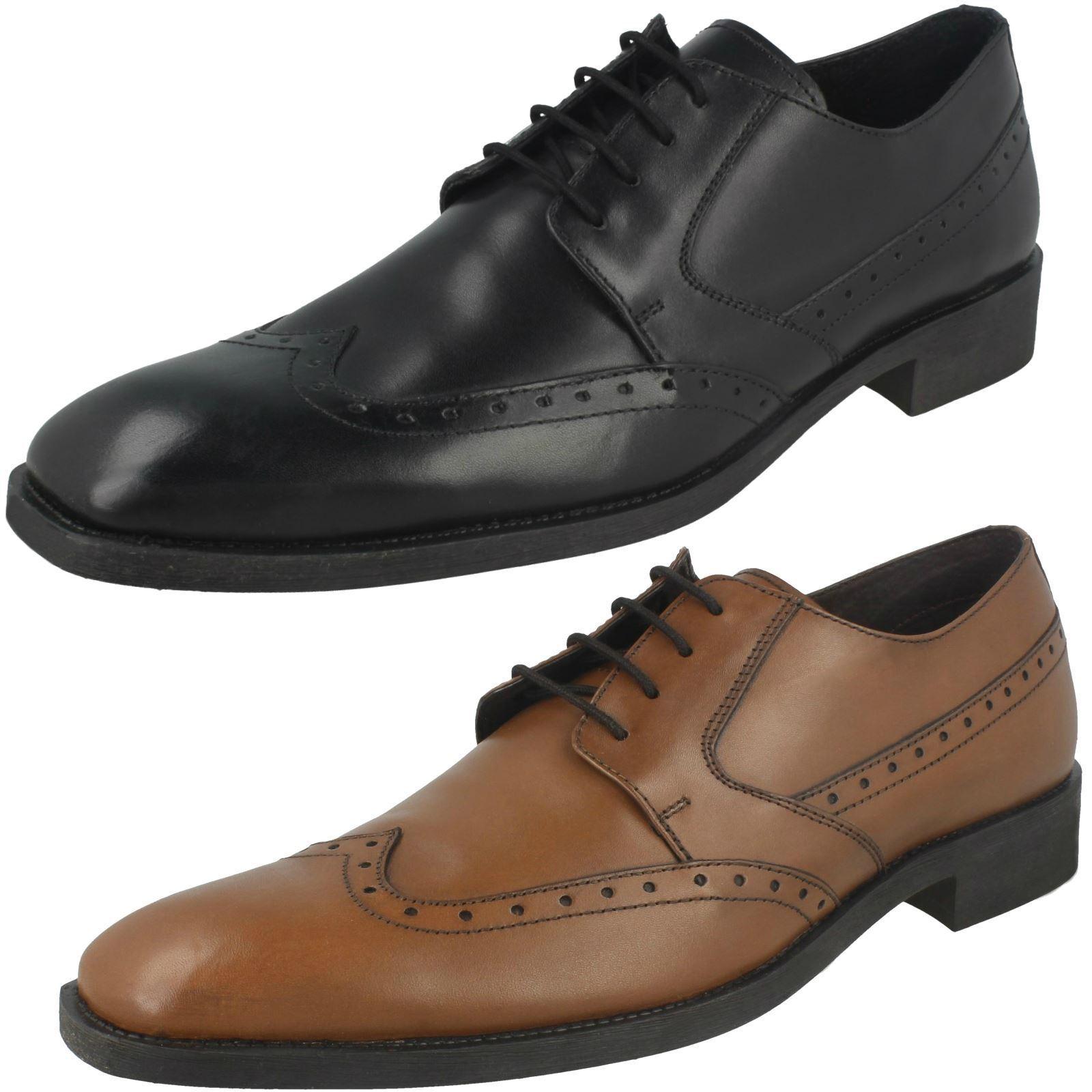Mens Maverick Low Heel Lace Up 'Brogue' shoes