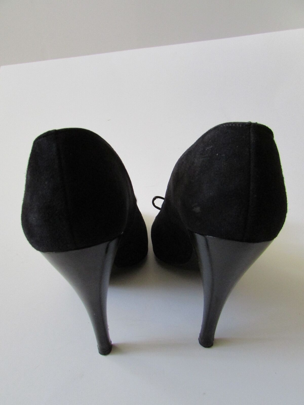 Charles Charles Charles Jourdan Paris Black Bow Suede Pumps Sz 8 39610e