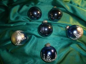 6-alte-Glas-Christbaumkugeln-Glas-blau-weiss-Tannen-Vintage-Weihnachtskugeln