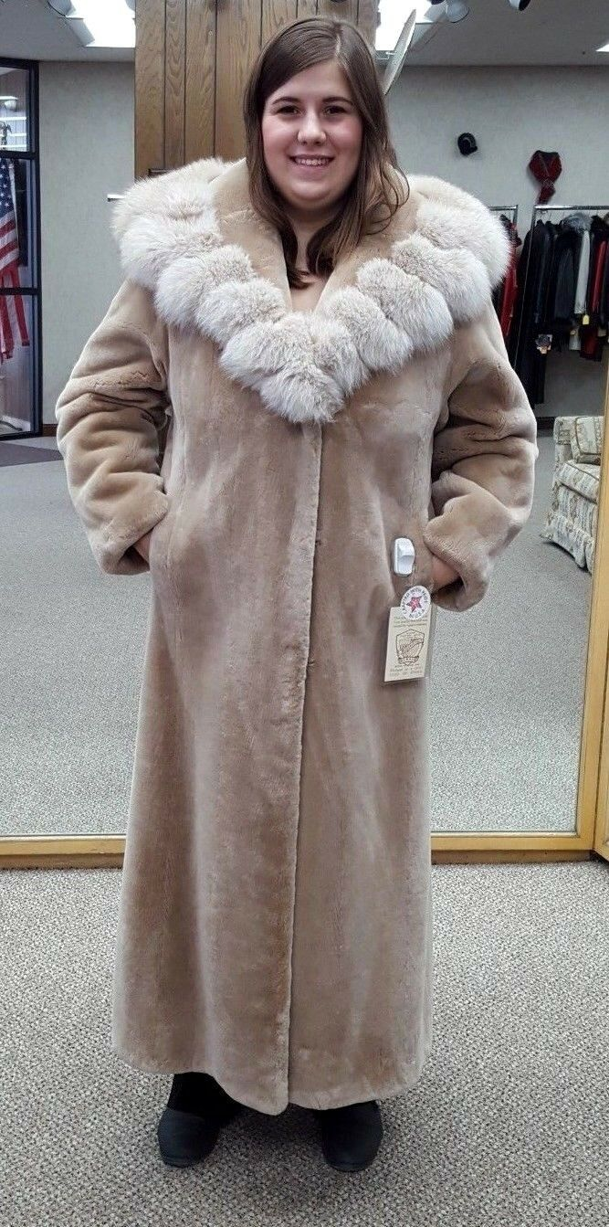 CLEARANCE  Sheared Beaver Fur 53  Coat with Fox Collar - size 14