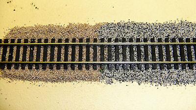 3,30 €//Kg. TOP GLEISSCHOTTER  BASALT SPUR 1-2,0-4,0 mm TOP 0,5 KG