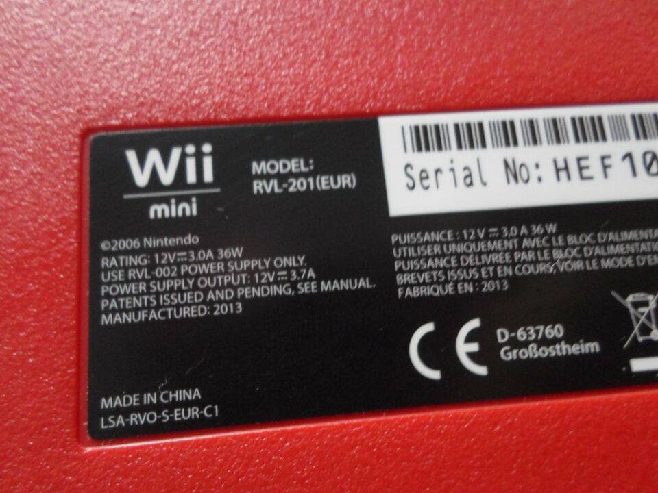 Nintendo Wii, Limited rød/sort mini 8GB, God