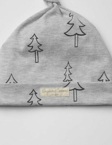 Girls NWT Size 3-6 Months Gray Christmas Tree Organic Knot Hat GAP Baby Boys