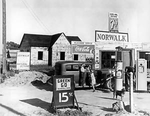 Norwalk-Gas-Station-Vintage-Old-Photo-8-5-034-x-11-034-Reprint