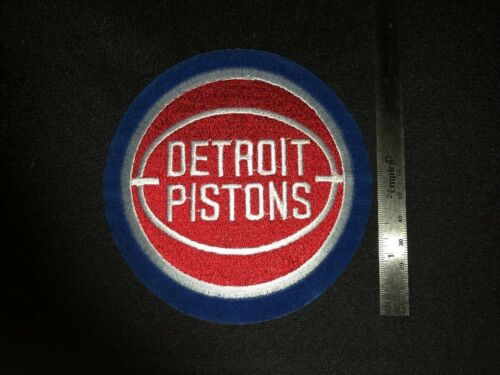 Vintage Extras Ship FREE Detroit Pistons 5 inch Round Throwback Patch New
