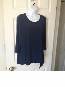 Chicos Travelers Midnight ( Navy Blue ) Asymmetrical Top Size 2 = 12 / 14 NWT