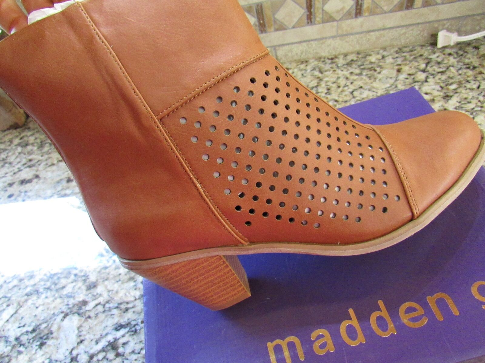 NEW MADDEN GIRL NITTE COGNAC ANKLE BOOTIES BOOTS BOOTS BOOTIES Donna 6.5 FREE SHIP 3bd2d4