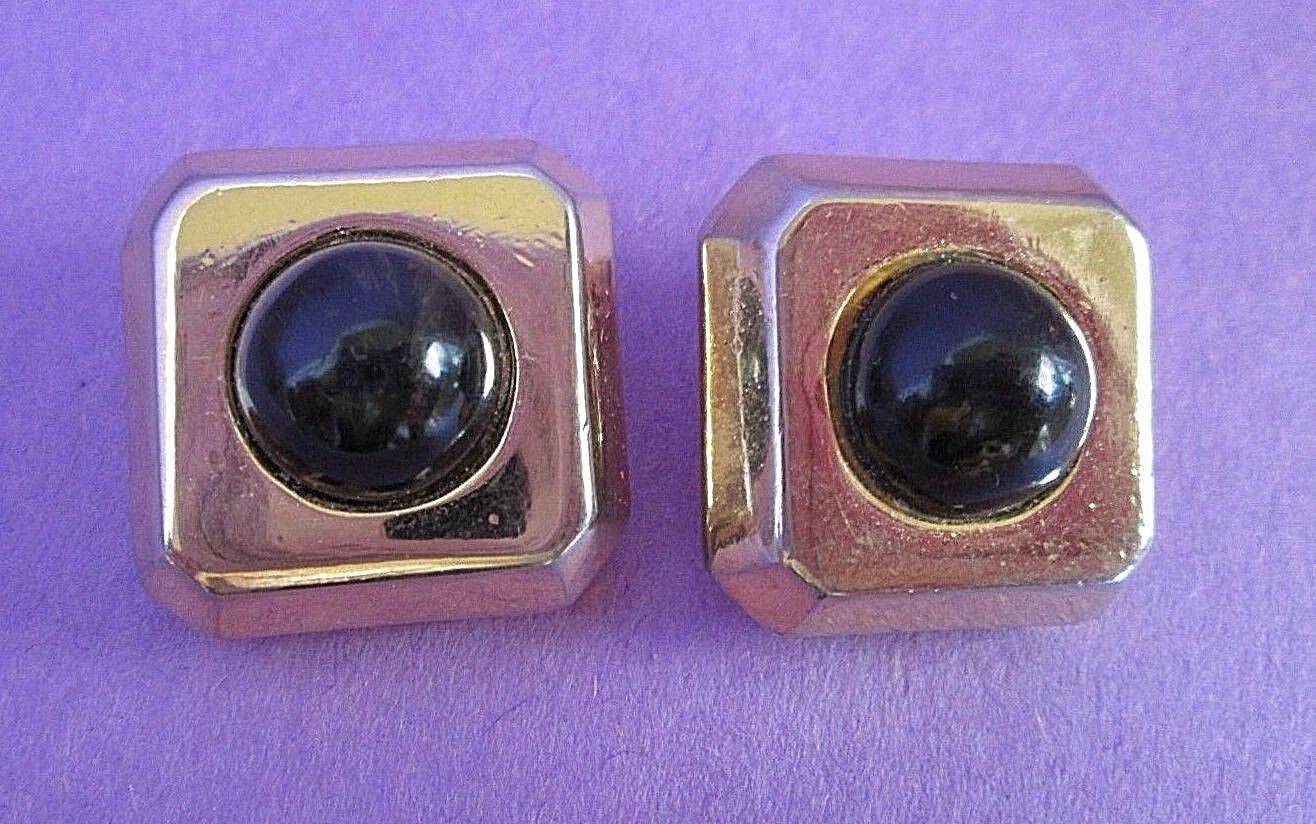 Lanvin Paris Gold Tone Clip Earrings Signed Vinta… - image 1