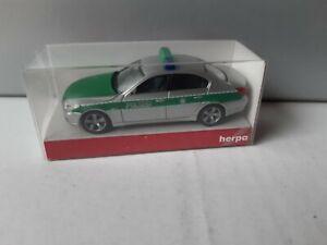 Herpa-bmw-5er-Limousine-policia-110-Baviera-coche-patrulla-046107