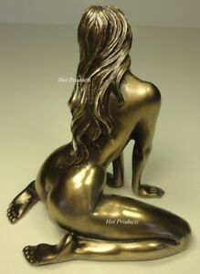 Nude figurines erotica topic