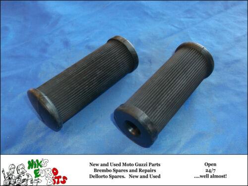 T3 REAR MOTO GUZZI   LEMANS I//II//III V65 V7   FOOTREST RUBBERS