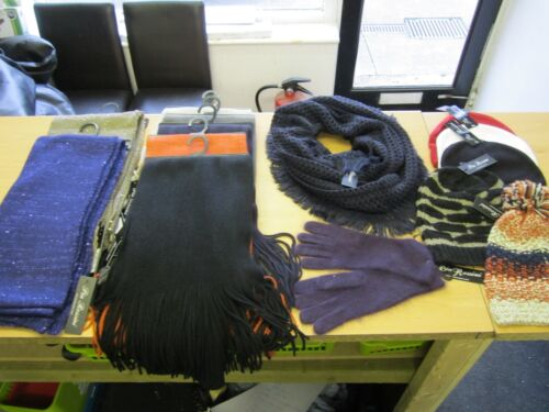 Joblot Bulk 14 Items of Pia Rossini Hats//Scarf//Gloves Accessories