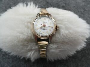 Swiss-Made-Vintage-Rouen-Wind-Up-Water-Repellant-Ladies-Watch