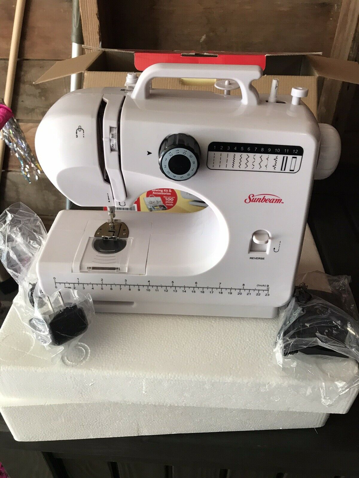s l1600 - Sunbeam SB1818 Compact  Sewing Machine, Does Not Have The Bonus Sewing Kit