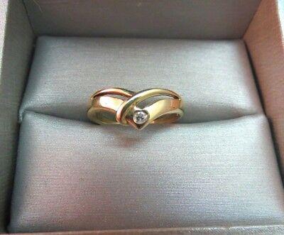 VTG 10k Yellow Gold Diamond Ring  Size 7 Channel Set V Shape Open Work 2.33g
