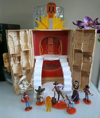Disney Pixar COCO Hacienda Playset Skullectables w// Exclusive Figure  BRAND NEW!