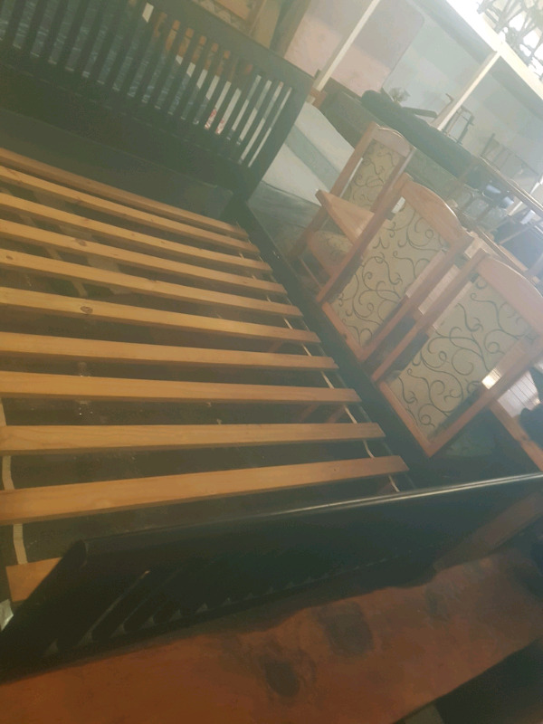 Sleighbed frame (only)(Queensize)