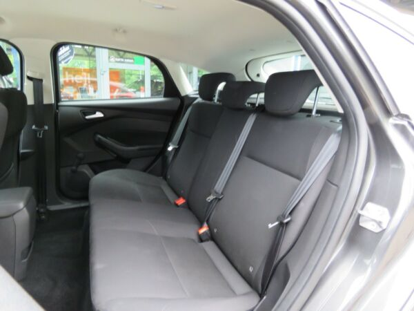 Ford Focus 1,6 Ti-VCT 125 Edition aut. billede 15