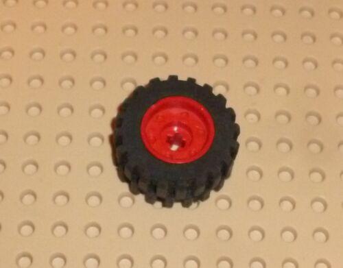RED x 1 18 x 14mm w// Axle Hole TW41 55982c01 WHEEL Fake Bolt LEGO