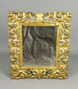 A-Decorative-Late-19th-Century-Florentine-Mirror