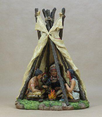Indianer Tipi mit 3 Figuren - ca. 32 cm hoch