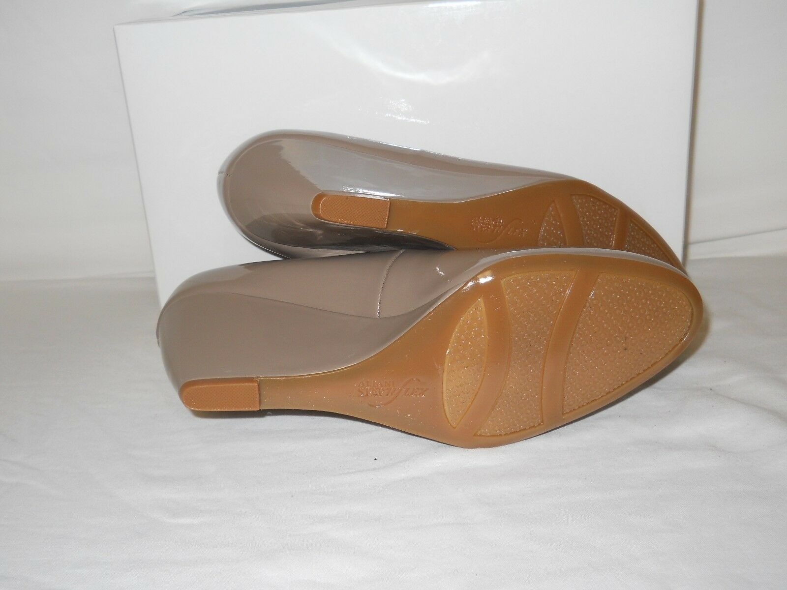 Alfani New Damenschuhe Wedge Camila Gray Truffle Patent Wedge Damenschuhe Heels 9.5 M Schuhes 78d76c
