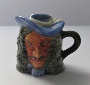 Franklin-Mint-Vintage-Miniature-Toby-Jug-Captain-Hook-Artist-Signed-1982