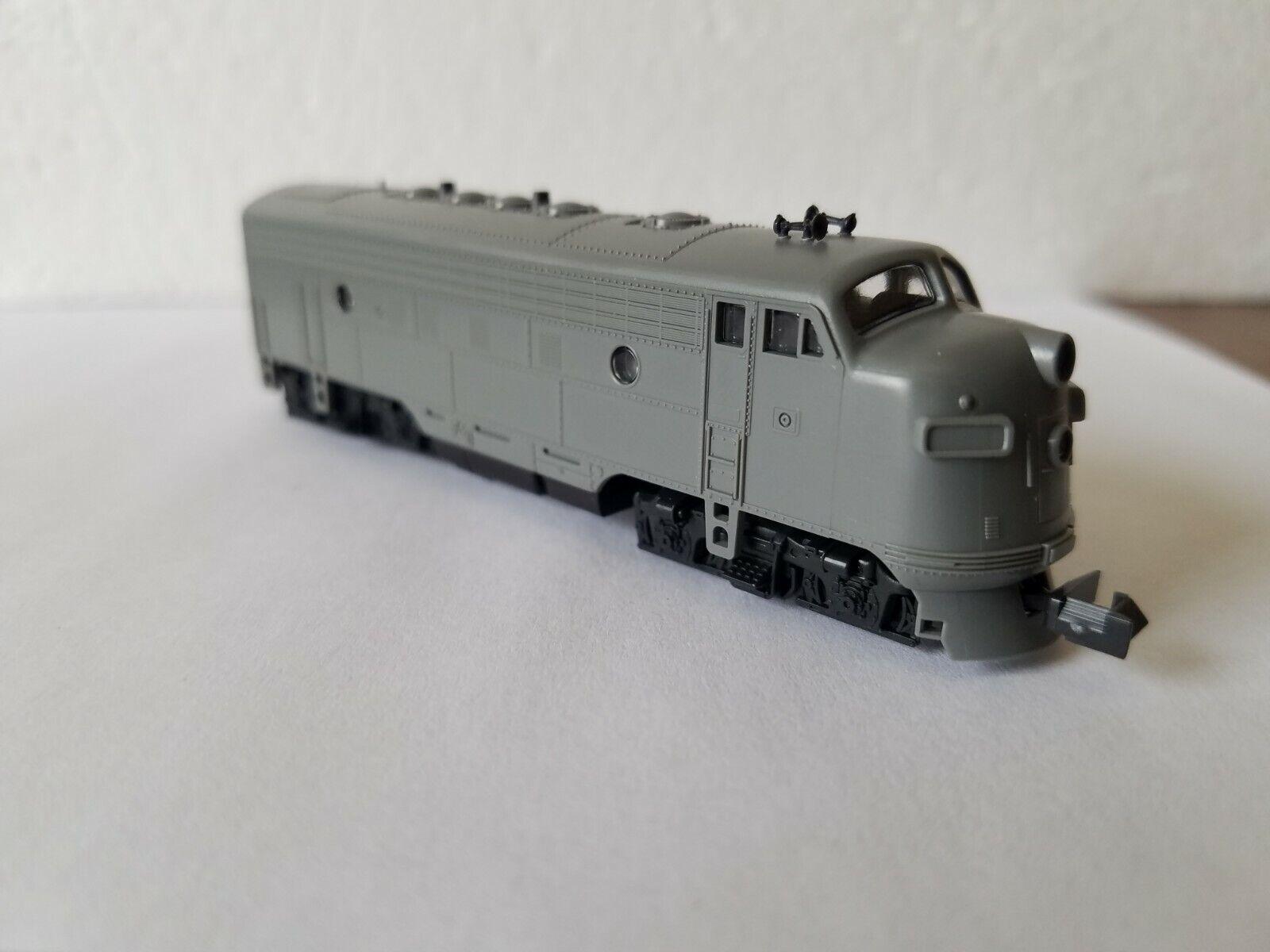 N Scale NIB Kato F7A Locomotive Undecorated Dual Headlight Headlight Headlight Item 5bc641