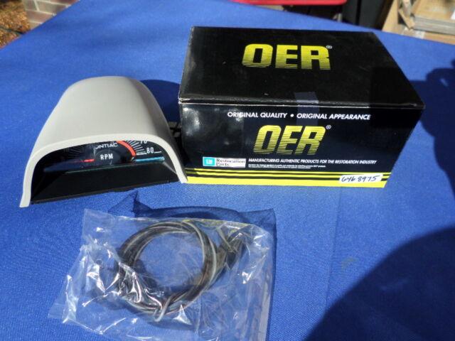 OER 69 Firebird Pontiac Hood Tachometer 5500 Red Line Tach