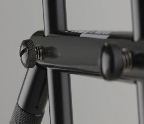 Cormoran Pro Carp BLACK POD Rutenständer für 3 Ruten Aluminium Rod Pod