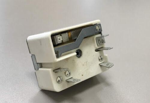 9643 Range surface element control switch 318293830
