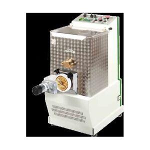 La-maquina-de-8-kg-de-pasta-fresca-pastificio-RS3555