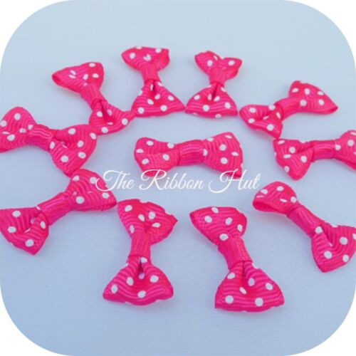 of 25-Embellishment 3cm-Pkt Polka Dot//Spotty Grosgrain Ribbon Mini Bow Ties