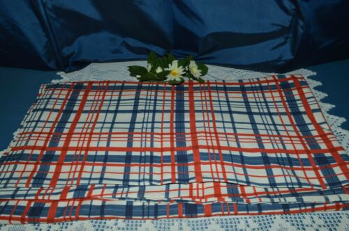 OLD FABRIC OFFCUT SCOTTISH BLUE AND RED BACKGROUND WHITE 1 M 27 X 5 M 69